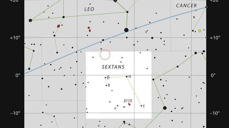 El gráfico muestra la ubicación de la estructura, en la constelación de Sextans.