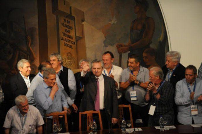 Alberto Fernández en la CGT. Foto de archivo.
