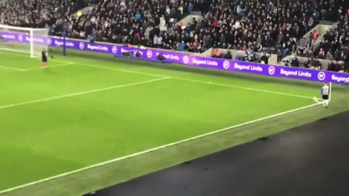 La espectacular chilena de Alireza Jahanbakhsh que ya compite para los mejores goles del año | Premier League, Manchester City, Liverpool