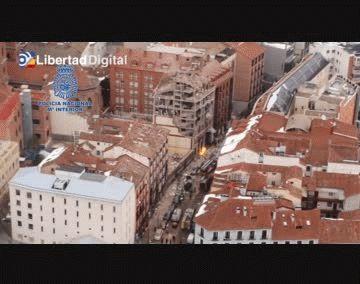 Desde el aire: la destrucción del edificio de Madrid tras la brutal explosión