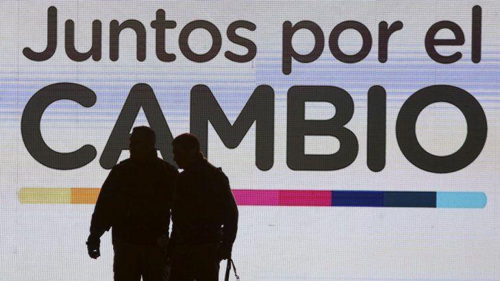Amplio triunfo de Alberto pone en jaque la política económica de Macri y el acuerdo con el FMI