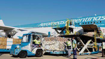 El conflicto por los simuladores confronta a Aerolíneas Argentinas, la compañía estatal emblemática para el Gobierno por los vuelos sanitarios, con el sindicato más poderoso de la actividad