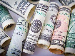 bcra compra, pero las reservas apenas crecen gracias a la depreciacion del dolar