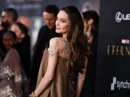 Angelina Jolie borró un importante tatuaje