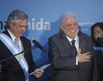 Ginés Gonzalez García jura como ministro de Salud