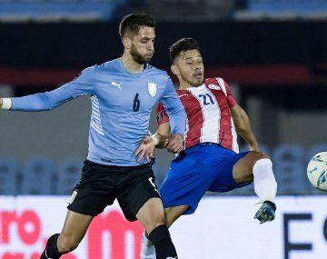 La polémica marcó el 0-0 entre Uruguay y Paraguay.