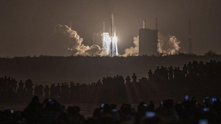 el-cohete-larga-marcha-5-propulso-con-exito-la-sonda-las-1730-del-lunes-horario-argentina-el-centro-