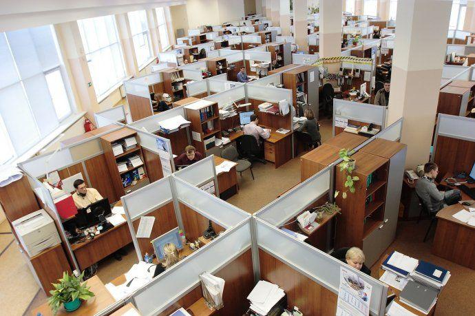 el-gobierno-determino-el-regreso-al-trabajo-los-padres-y-madres-hijos-edad-escolar