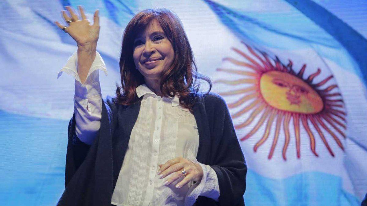 Cristina Fernández de Kirchner señaló operaciones en su contra