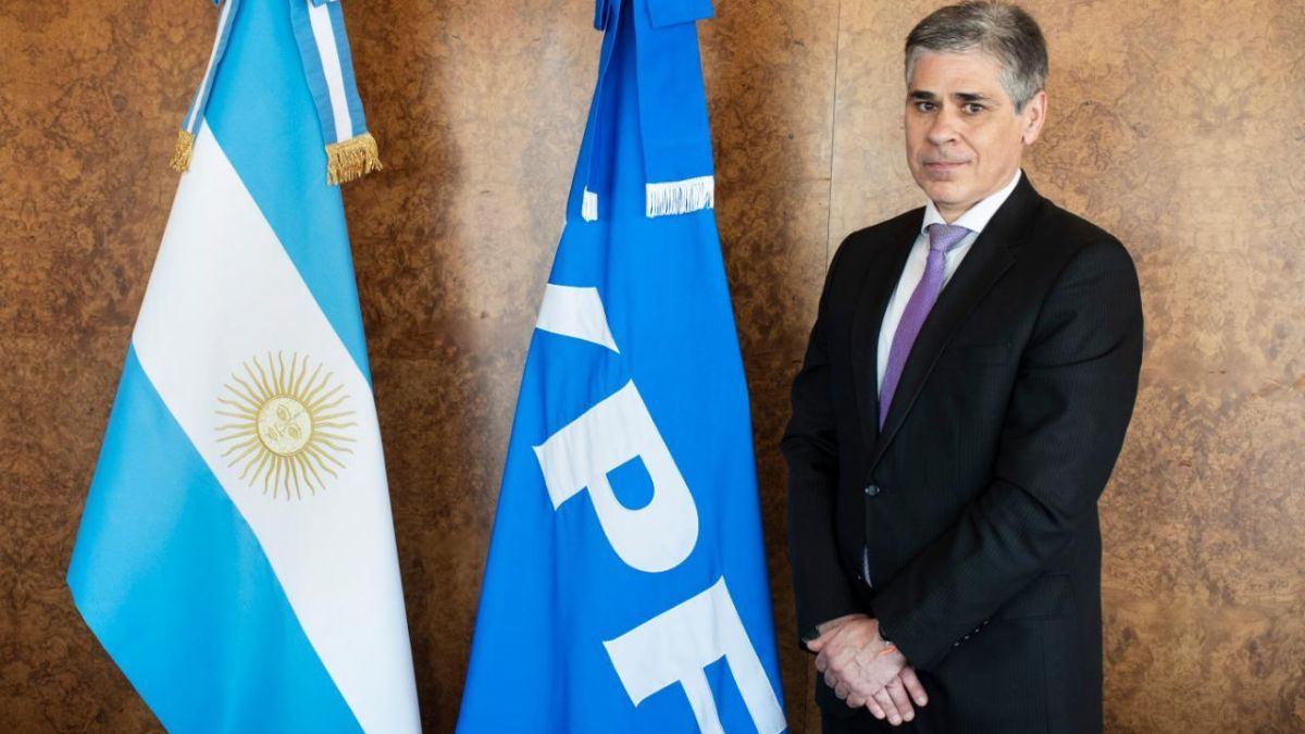 Asumió nuevo titular de YPF, Pablo González