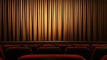 la noche de los teatros: listado completo de obras con descuentos y donde verlas