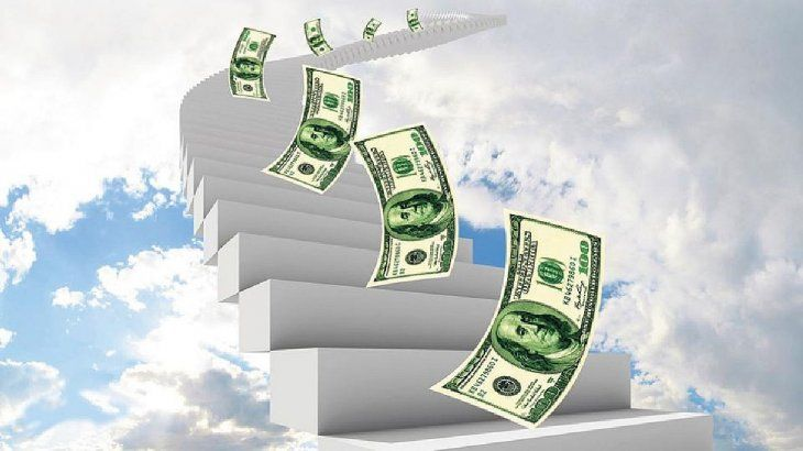 Dólar: por qué agosto será un mes desafiante para el BCRA