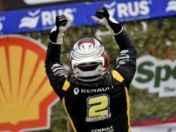 Juan Cruz Benvenutti ganó en el regreso del TC a Paraná.