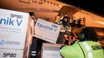 Tras el reclamo de la Argentina, Rusia promete resolver las demoras en la entrega de Sputnik V
