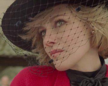 Kristen Stewart se luce como la Princesa Diana en el primer tráiler de Spencer