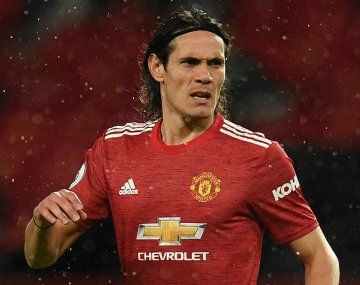 Bomba: Cavani renovaría con Manchester United y no llegaría a Boca