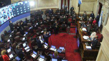 senado sanciona nuevo regimen de biocombustibles, alivios fiscales en monotributo y cannabis