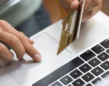 El botón de pago es una modalidad virtual aplicada por las empresas Prisma, Red Link y Mercado Pago, a través de los bancos con los que operan, tanto privados como públicos.