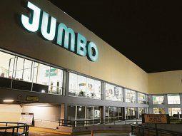 marcas. Cencosud tiene fuerte presencia en el mercado argentino, con las cadenas Jumbo, Vea y Disco; además de Easy y Blaisten.