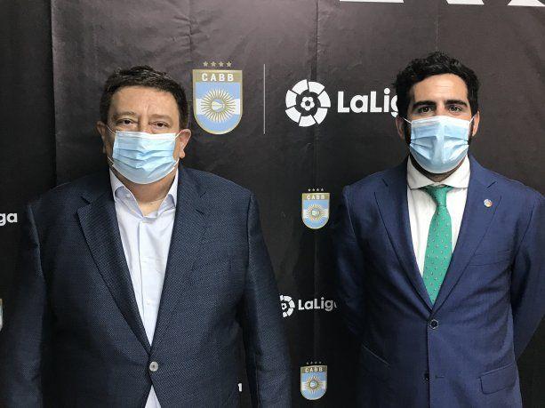 El básquet argentino celebra un acuerdo sin precedentes con LaLiga española de fútbol.