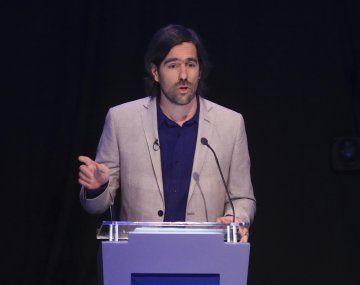 Del Caño afirmó que el desafío de la izquierda es convertirse en una tercera alternativa