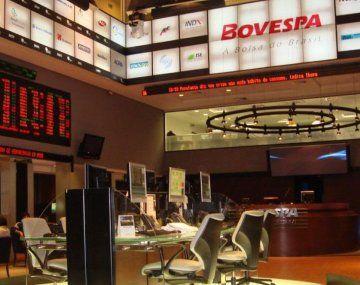 El referencial Bovespa ganó un 0,34% a 125.984,23 puntos, según cifras de cierre preliminar, para acumular un repunte del 5,96% en mayo.