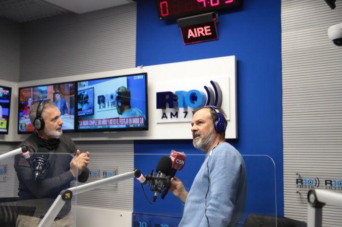 Gustavo Sylvestre y Pablo Duggan en la primera y la segunda mañana de Radio 10.