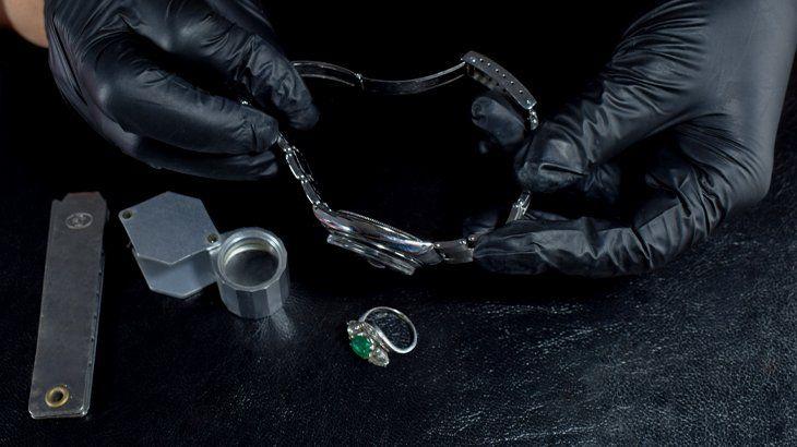 Seguridad, dinero e inversión, tres razones para vender joyas