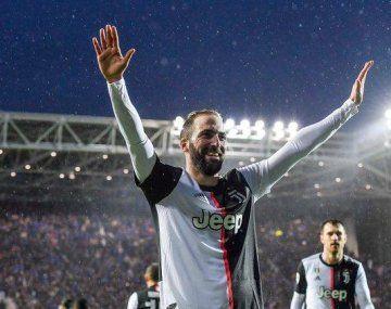 Gonzalo Higuaín volvió a sentirse importante en Juventus y, con dos goles, inició la remontada del líder de la Serie A ante Atalanta.