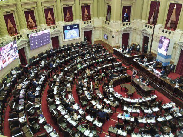 Diputados: el oficialismo convirtió en ley la nueva movilidad jubilatoria