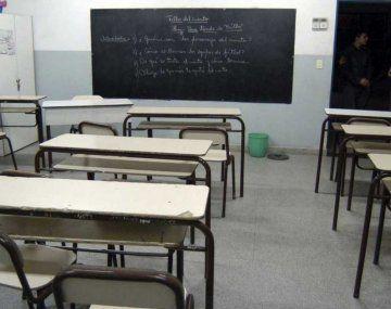 Gremios docentes realizan un paro de 48 horas en rechazo a la presencialidad.