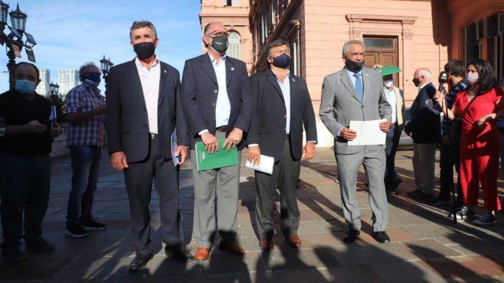 Los integrantes de la Mesa de Enlace se declararon en estado de alerta y exigen ser recibidos por el Gobierno.