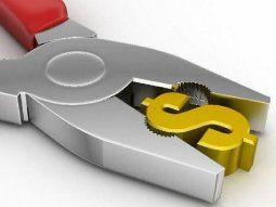 Lo que se busca es sostener el atraso del tipo de cambio, el tarifario, el control de precios y la mayor intervención en el mercado de bonos para lograr disminuir la brecha cambiaria