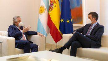 la gira de alberto fernandez por europa, dia 3: el presidente en espana y francia