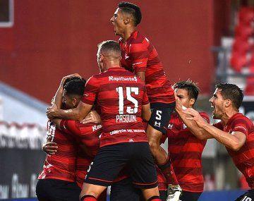 Estudiantes ganó y es escolta de Colón a cinco puntos.
