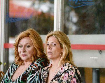 Siamesas. Rita Cortese y Valeria Lois, madre e hija en la película.