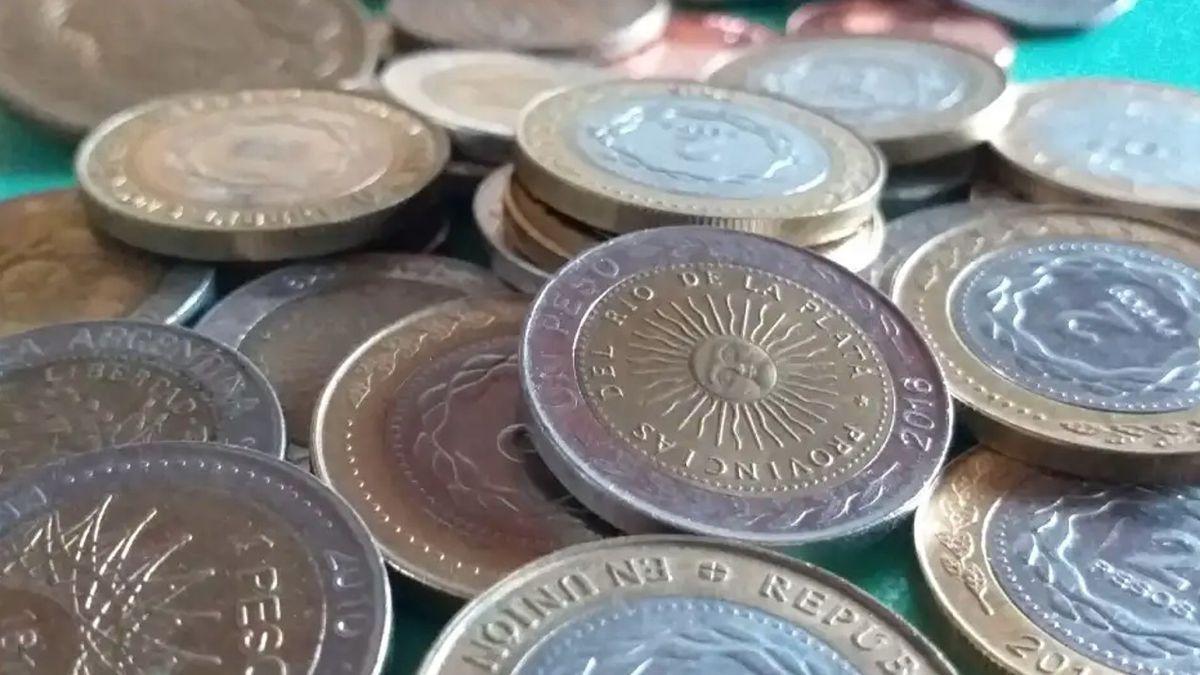 monedas por kilo, crece la venta porque el metal vale mas que el peso