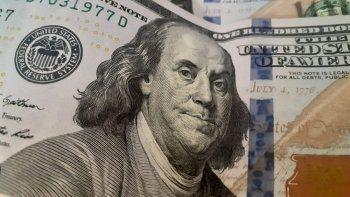 el dolar rebota en el mundo pero se apresta a cerrar su peor semana en casi 3 meses