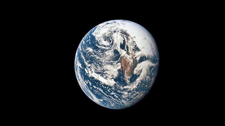 Descubrieron una capa oculta en el centro de la Tierra.
