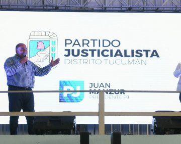 El gobernador Juan Manzur encabezó la presentación de la lista de precandidatos del oficialismo tucumano.