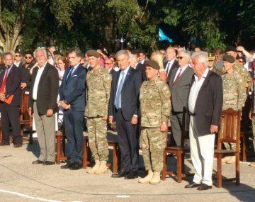 Aguad y Avruj encabezaron un homenaje por el 30 aniversario del levantamiento de la Tablada.