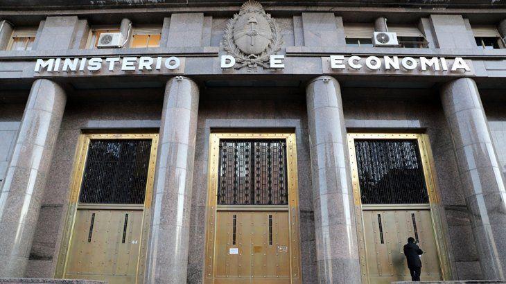 El Ministerio de Economía llevó a cabo una nueva colocación de deuda en dólares.