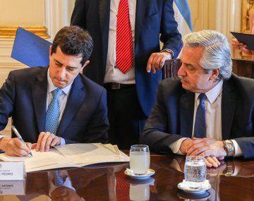 Alberto Fernández y Wado de Pedro.