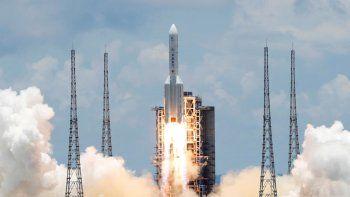 tras su vuelo inaugural, la nave espacial china regresa a la tierra