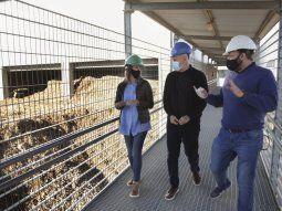 Reciclado. En el Día Mundial del Reciclaje, Horacio R. Larreta, y la ministra de Espacio Público, Clara Muzzio, visitaron una de las plantas de tratamientos de residuos de Villa Soldati