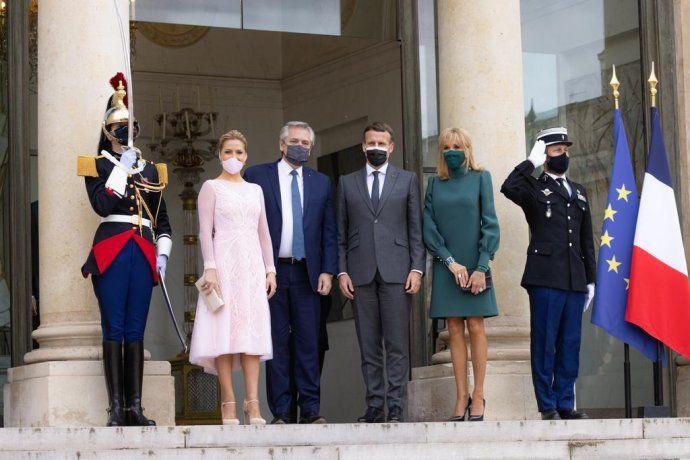 El presidente Alberto Fernández junto a su par francés, Emmanuel Macron.