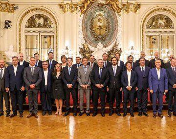 Alberto, con los gobernadores (Foto: archivo)
