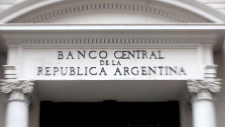 BCRA, sin paz: vencimientos con organismos presionarán reservas