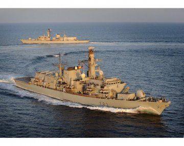 Buques de guerra de Reino Unido en Gibraltar.