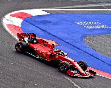 Leclerc saldrá adelante por la penalización a Verstappen.